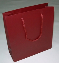 Medium Shoper in luxury paper ( 215 x 240 x 80 mm )