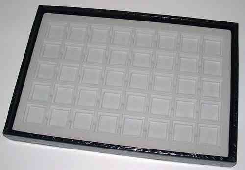 Tray with 40 squares